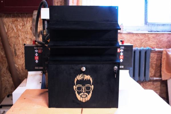 Стеллаж для выкладки с ящиком для хранения
