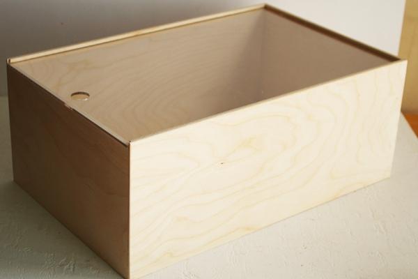 Ящик с прозрачной крышкой